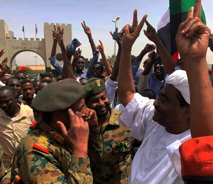 On Friday, Lt Gen Abdelfattah Burhan was seen speaking to one of the leaders of the opposition Sudanese Congress Party, Ibrahim El Sheikh, at the sit-in in front of the General Command of the Sudanese Armed Forces