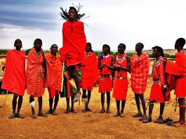 why-the-masaai-people-prefer-red-color