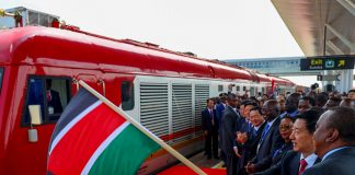 President Uhuru Kenyatta launched the Standard Gauge Railway cargo services from Syokimau to Suswa